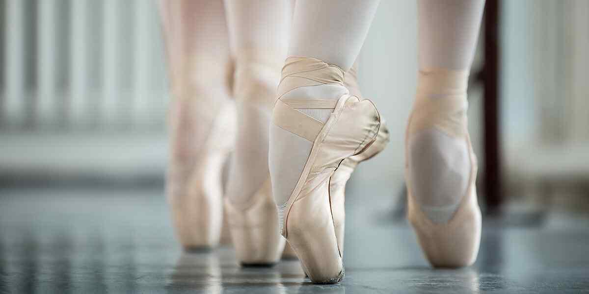 https://be-together.eu/wp-content/uploads/2019/04/inner_dance_08.jpg